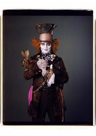 johnny-depp-in-alice-in-wonderland_vanity-fair