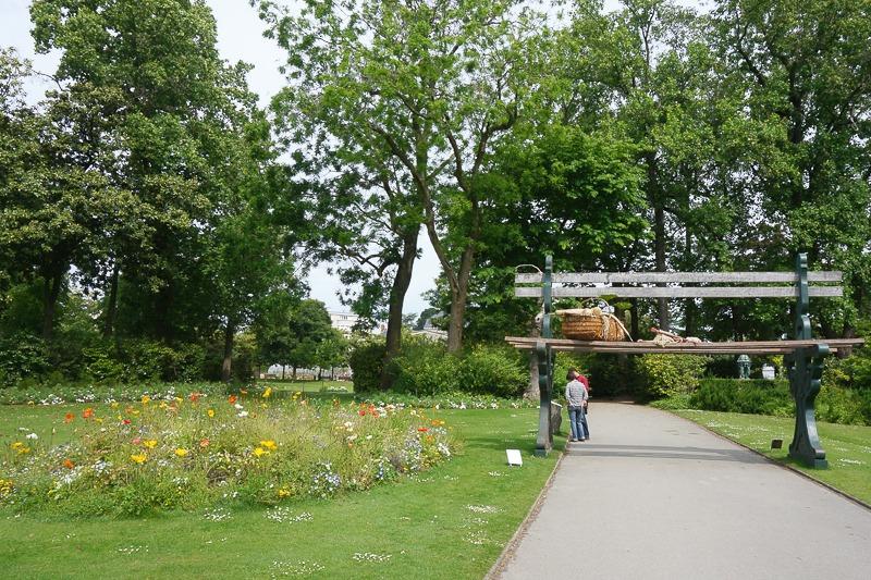 Le voyage nantes le retour larcenette for Jardin des plantes nantes