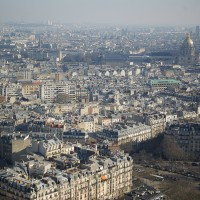 Paris-tour-eiffel-toits-parisiens