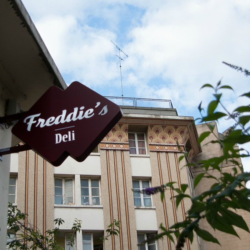 freddies-deli-paris-2