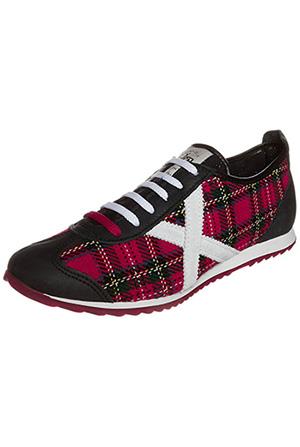 basket-ecossais-tartan-munich