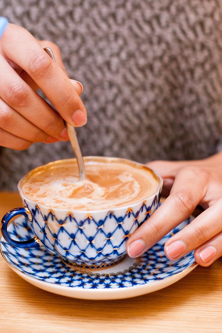 acide-salon-de-the-chocolat-chaud