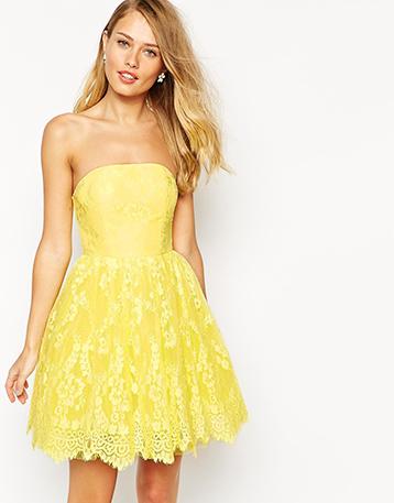 robe-bustier-jaune-invitee-mariage