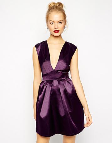robe-violet-satin-mariage-decollete