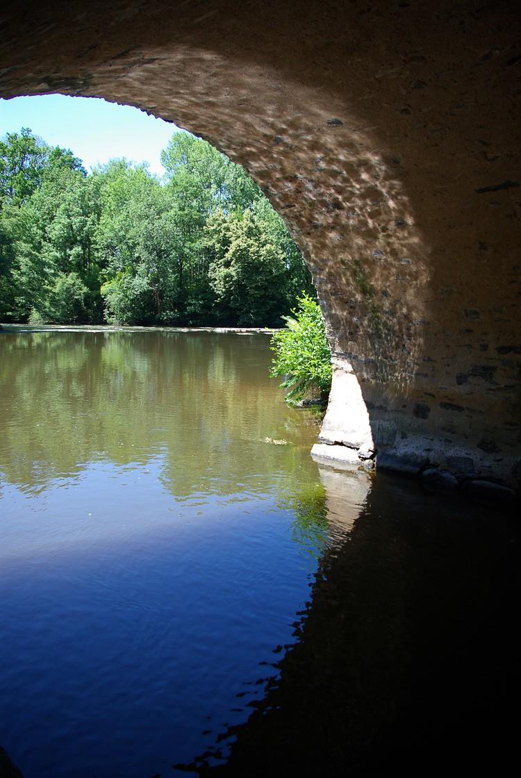 sous-le-pont-vezere