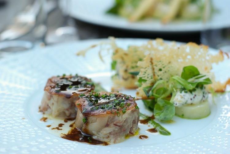 En-cuisine-brive-pied-de-porc