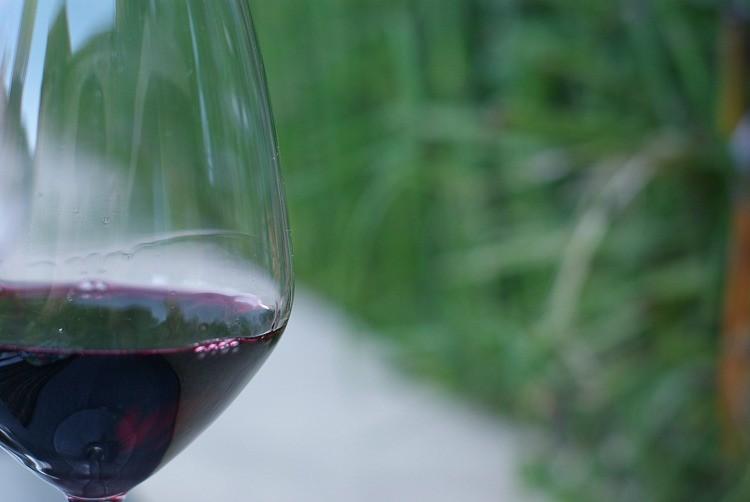 En-cuisine-brive-verre-vin-rouge