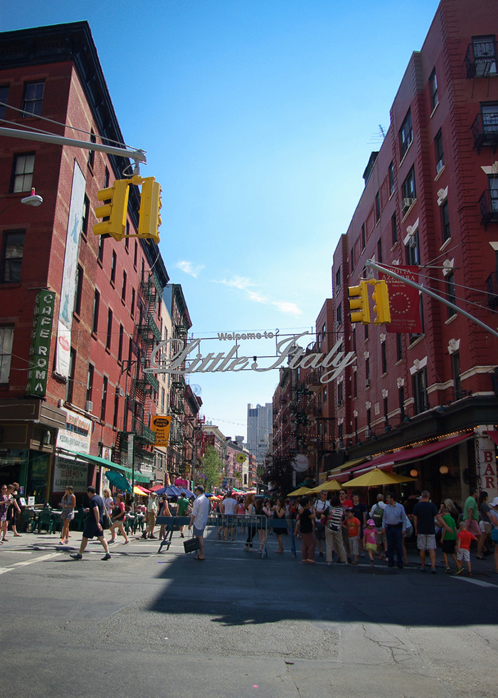 New-YOrk-Little-Italy-welcome-1
