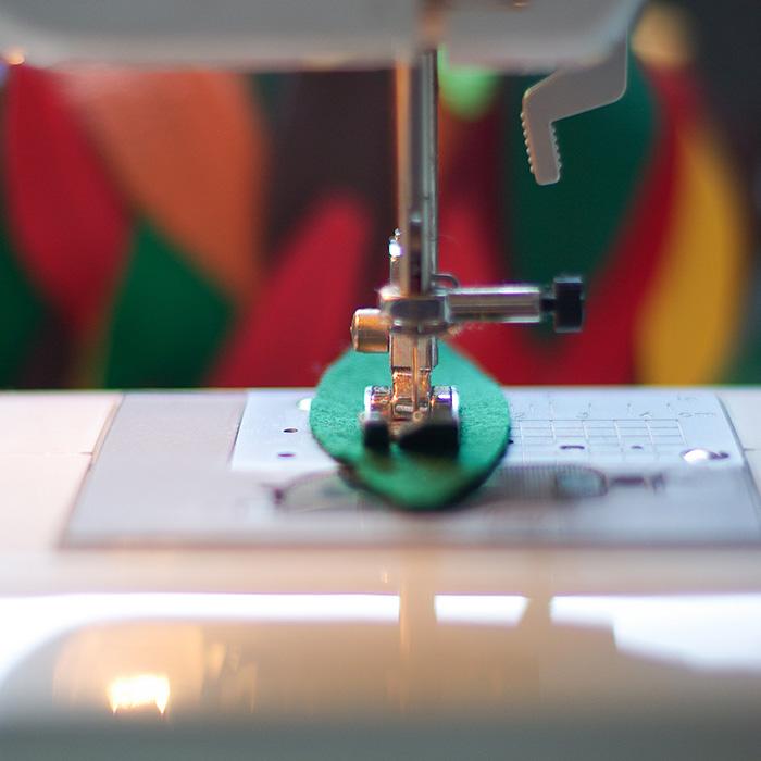 DIY-felt-autumn-sewing